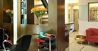 Hotel Kolkata - Beauty Saloon