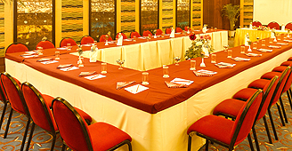 Hotel in Varanasi - Business Center